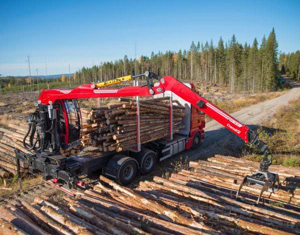Cranab-TL12-for-timber-handling-3