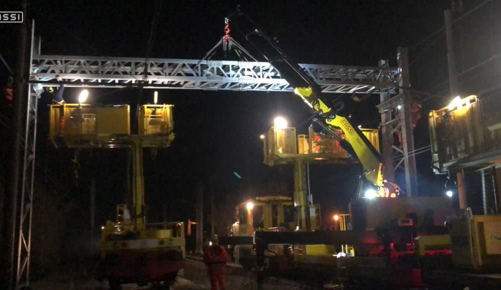Fassi-cranes-for-the-rail-sector-with-SVI
