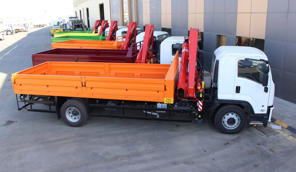 F195A-0-23-active-cranes-on-9-units-of-Isuzu-FVR34Q-by-Metal-Work-Co-SA-4