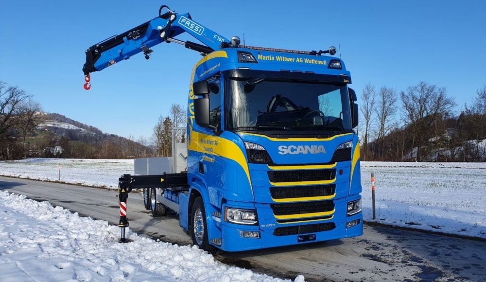 Two-Fassi-F185A-2-25-xe-dynamic-cranes-installed-onto-3-axle-Scania-R450-vehicles-CH-3